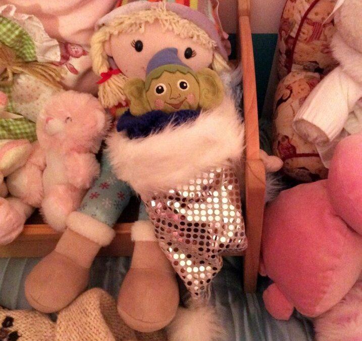 elf on the shelf, christmas elf, tradition,